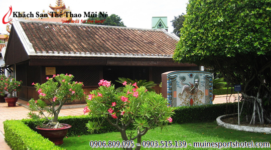 Mui Ne Sports Hotel is very near to historical Duc Thanh School